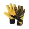 Puma Future Grip 5.2 Torwarthandschuh gelb-schwarz